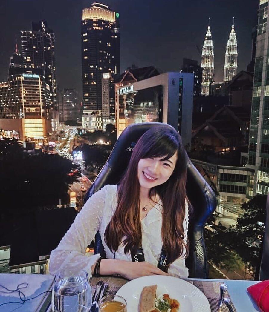 6 nha hang an ngon, view dep cho ban thuong thuc khi den Malaysia hinh anh 1
