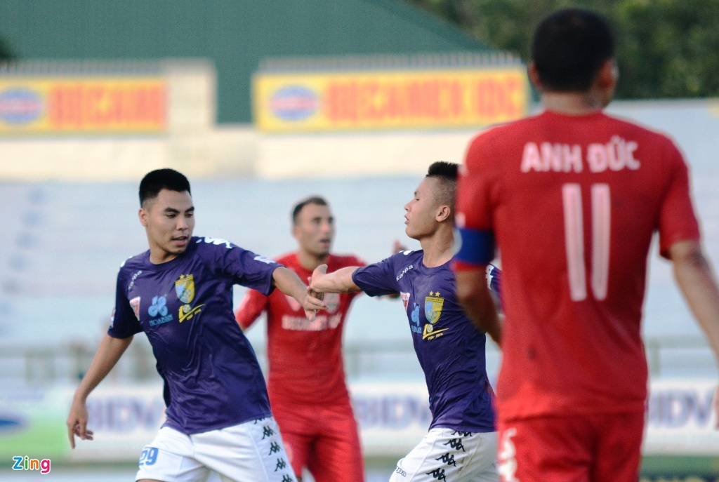 Tran Binh Duong vs Ha Noi T&T anh 3