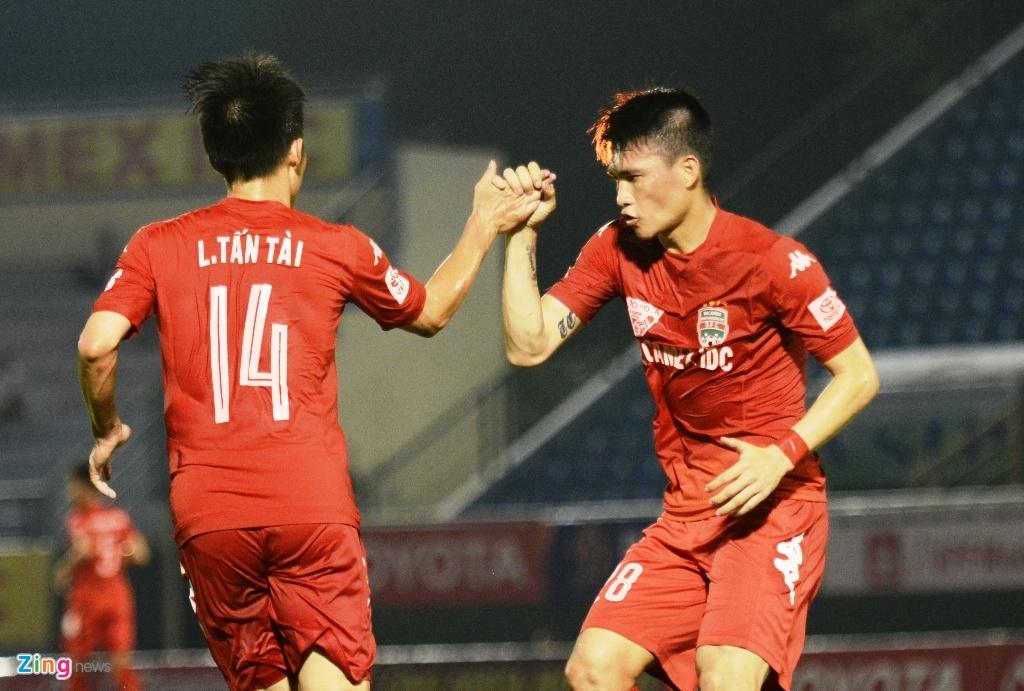 Tran Binh Duong vs Ha Noi T&T anh 6