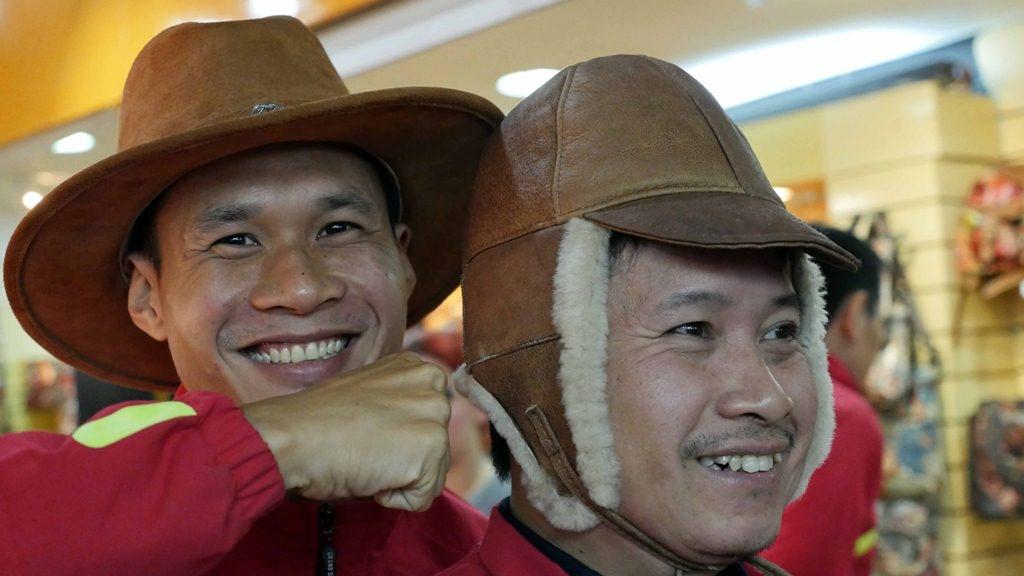 Tuyen futsal Viet Nam sang Colombia du World Cup hinh anh 6