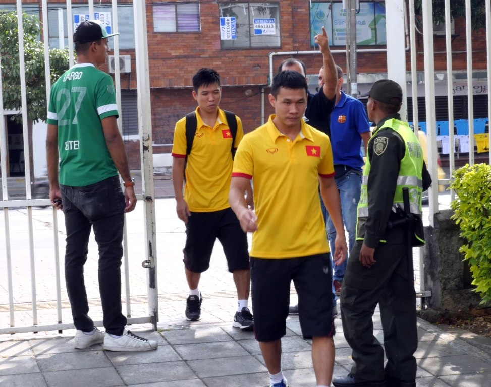 Tuyen futsal Viet Nam tap tai Colombia anh 1