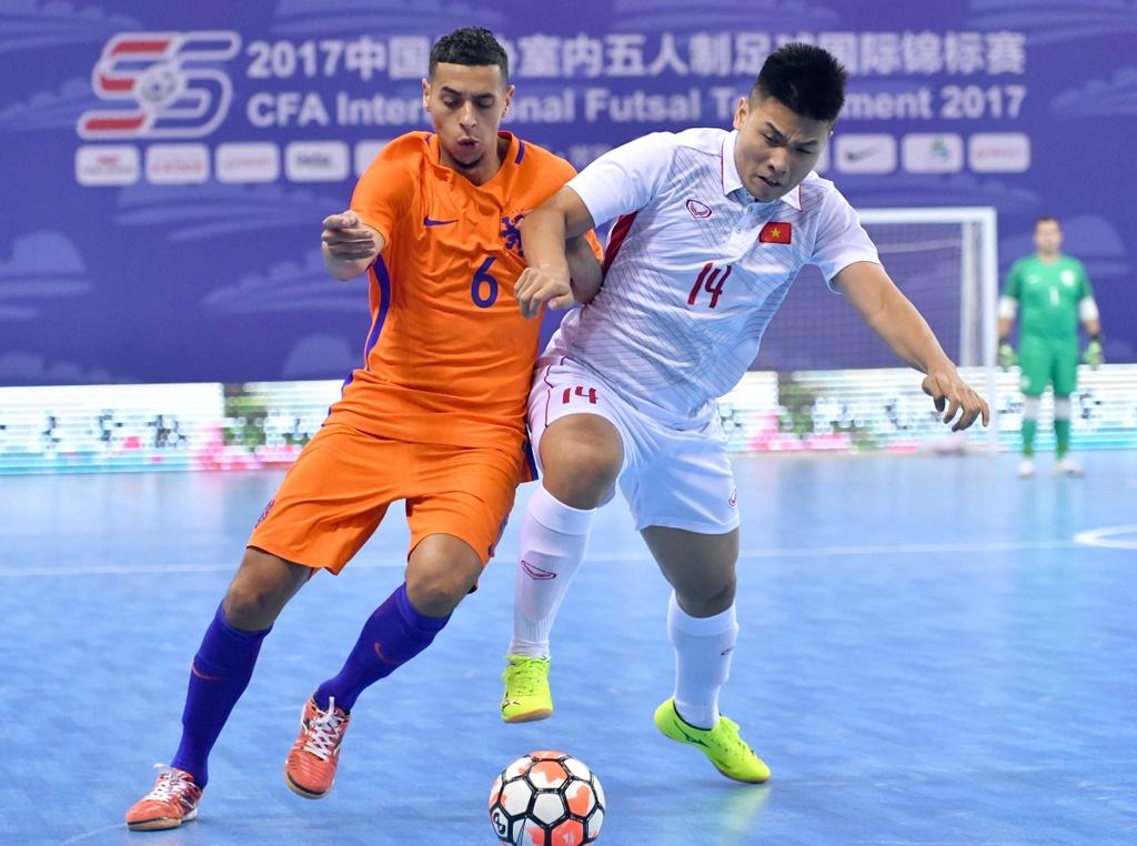 Futsal Viet Nam hoa Ha Lan 2-2 anh 3