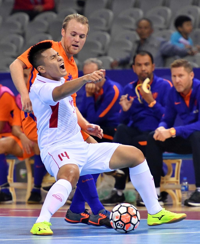 Futsal Viet Nam hoa Ha Lan 2-2 anh 2