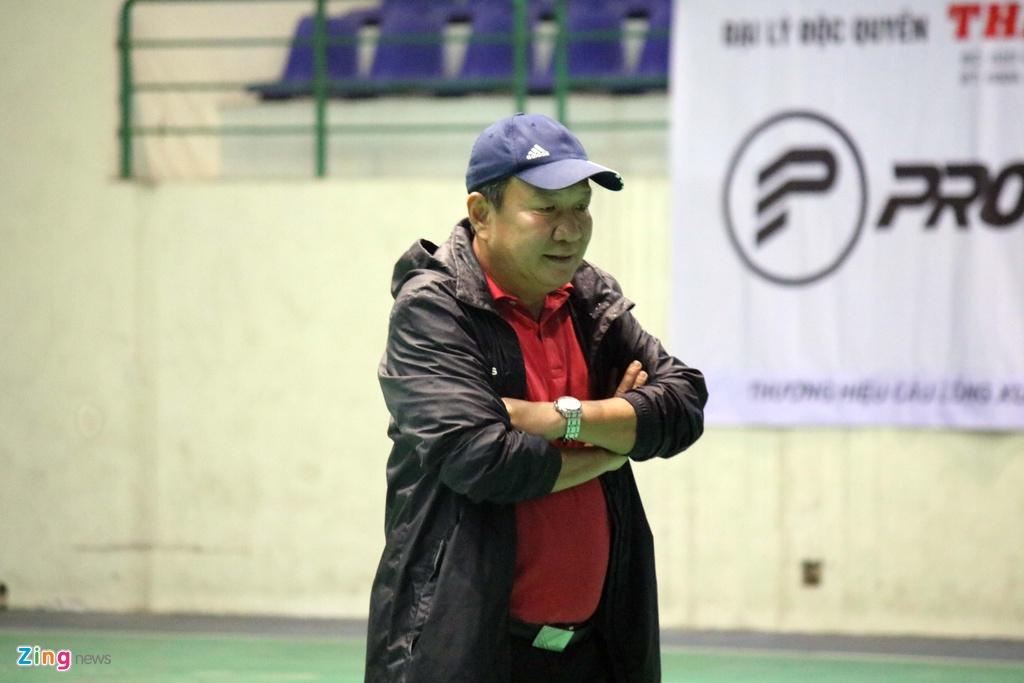 CLB Quang Nam phai tap trong nha vi bao Damrey hinh anh 8
