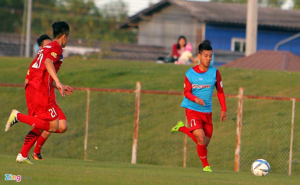 Cong Phuong, Van Toan lam chu cong cua U23 Viet Nam hinh anh 10