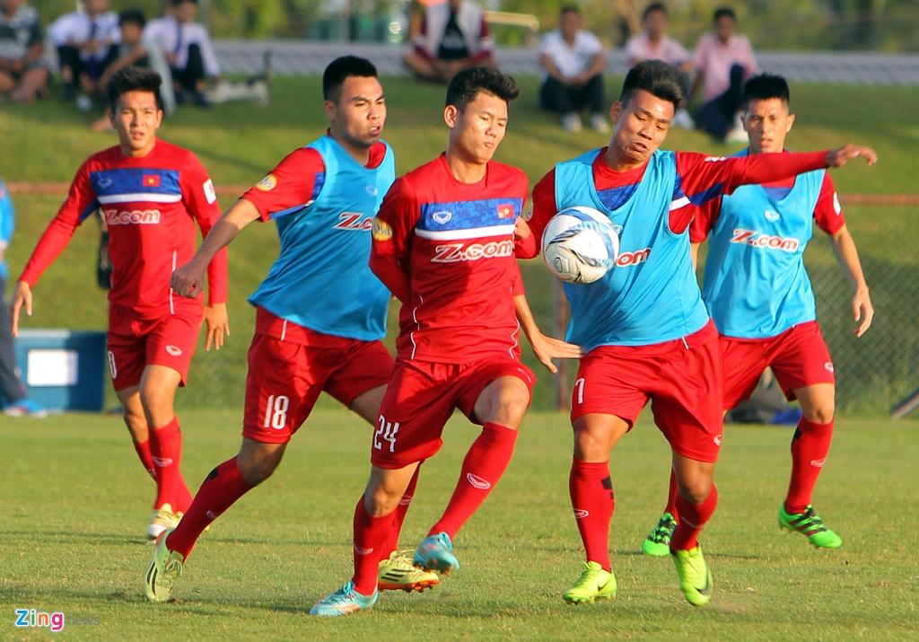 Cong Phuong, Van Toan lam chu cong cua U23 Viet Nam hinh anh 9