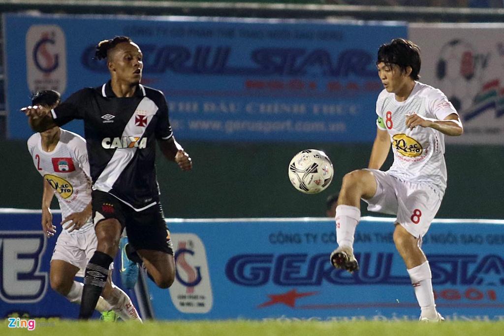 Thieu Cong Phuong, Xuan Truong, HAGL thua CLB Brazil tai BTV Cup hinh anh 8