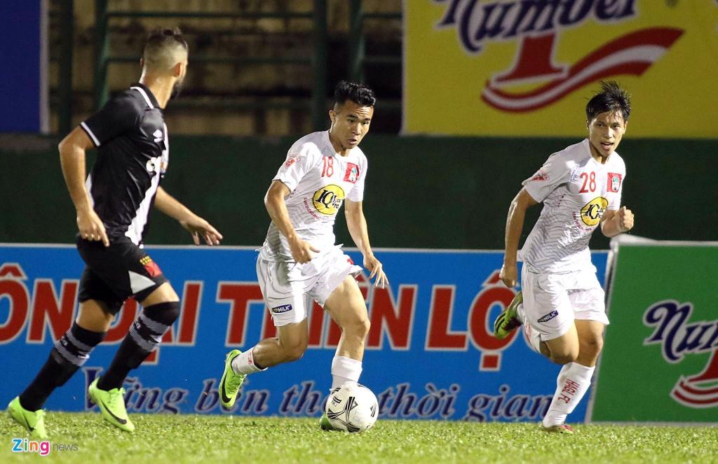 Thieu Cong Phuong, Xuan Truong, HAGL thua CLB Brazil tai BTV Cup hinh anh 3