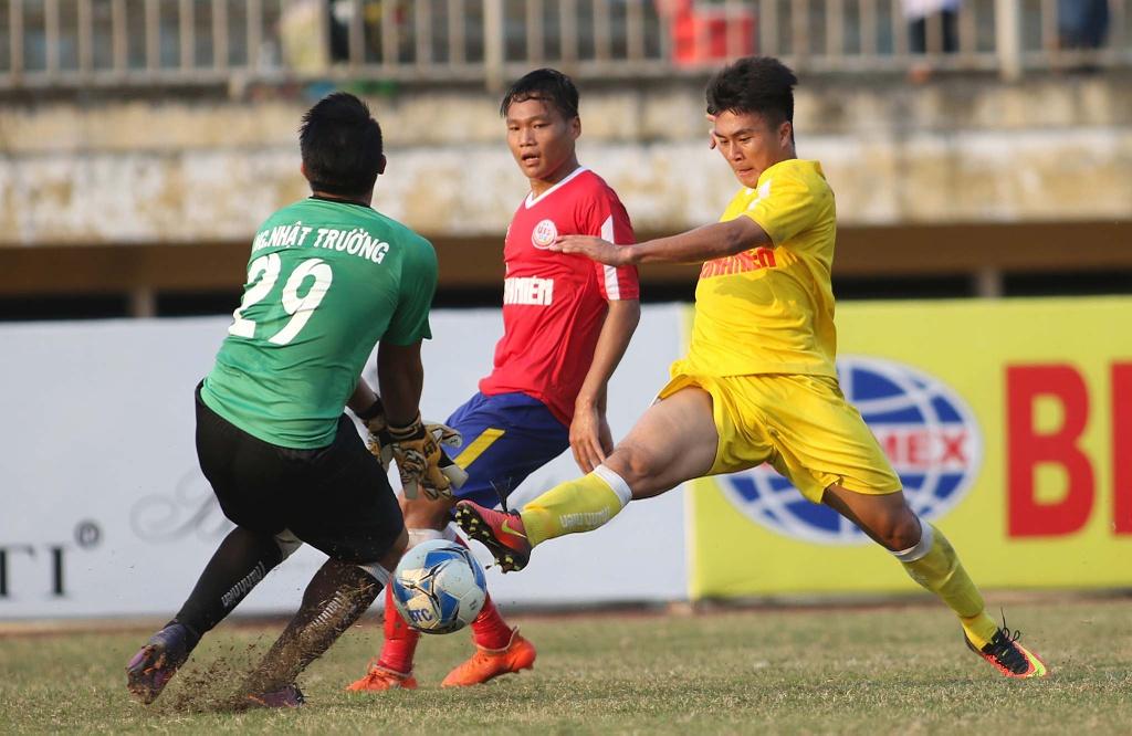 Ha doi bong cua bau Hien, Dong Thap vo dich U19 Quoc gia hinh anh 2