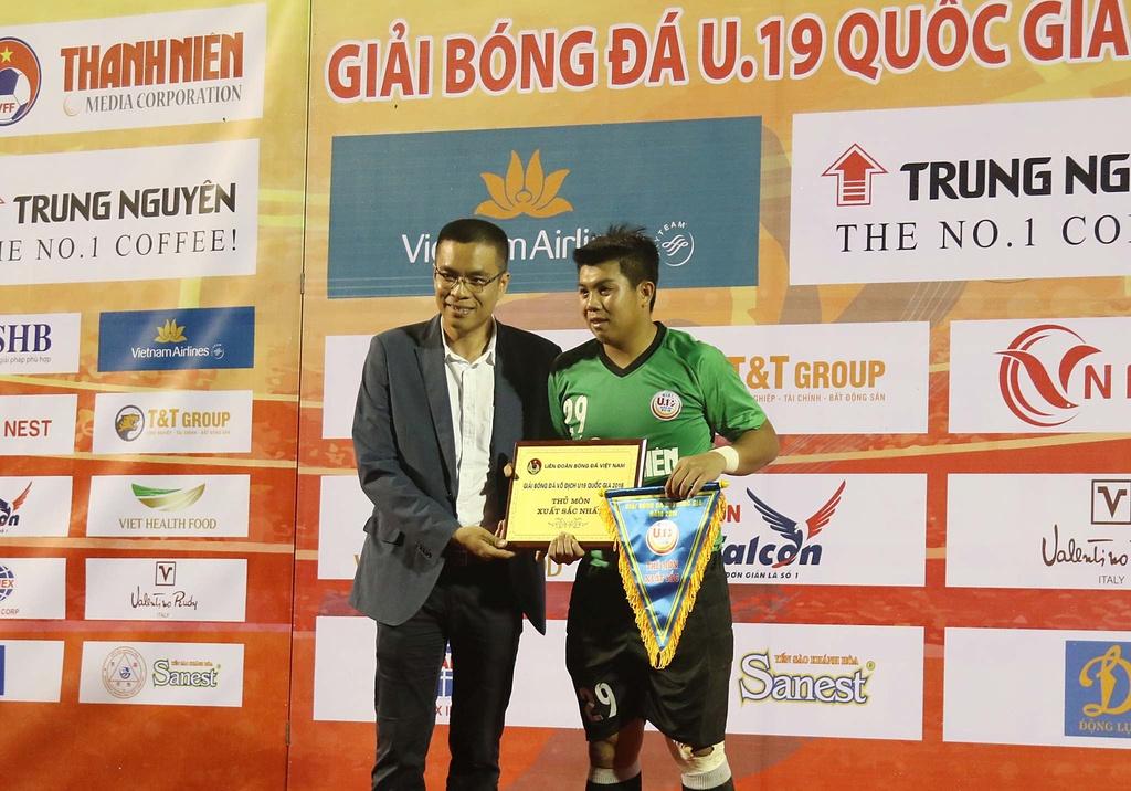 Ha doi bong cua bau Hien, Dong Thap vo dich U19 Quoc gia hinh anh 8