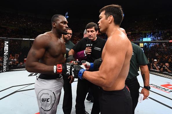 UFC FN 119: Tro lai sau 2 nam, nha cuu vo dich bi dam guc chong vanh hinh anh 4