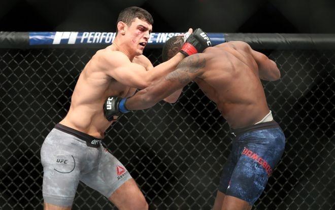 Vo si UFC thang bang combo don goi anh 5