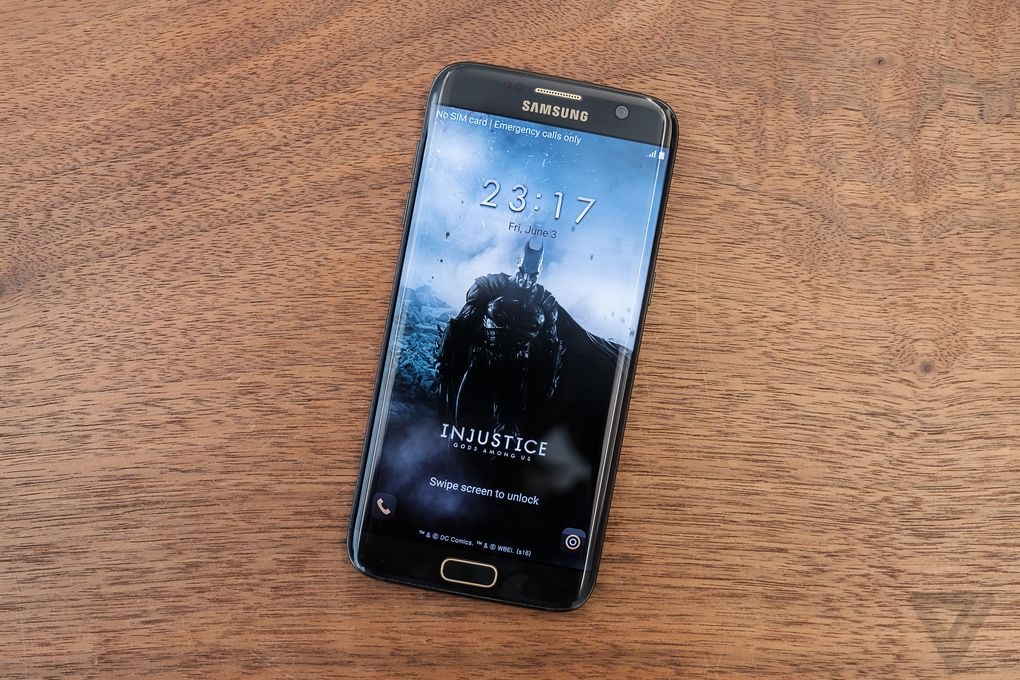 Anh thuc te Galaxy S7 edge ban nguoi doi hinh anh 1