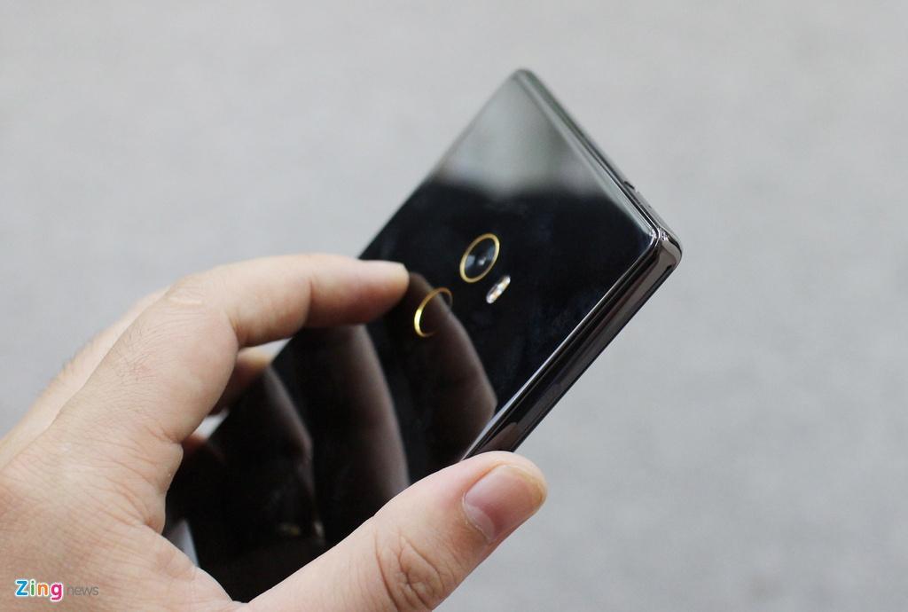 Xiaomi Mi Mix ve Viet Nam anh 4