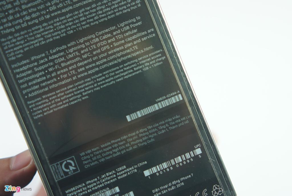 Mo hop iPhone 7 chinh hang dau tien tai Viet Nam hinh anh 2
