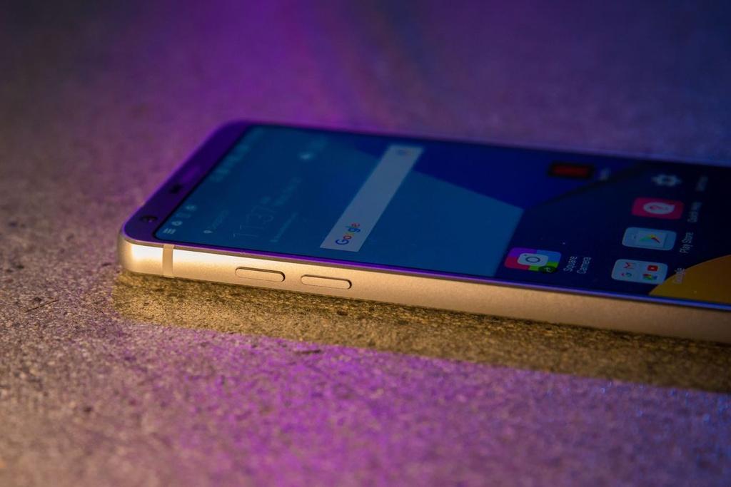 Anh thuc te LG G6: Ong vua dien thoai Android moi? hinh anh 4