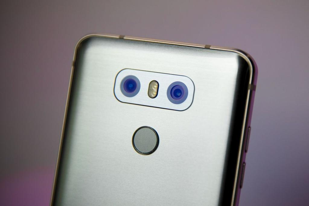 Anh thuc te LG G6: Ong vua dien thoai Android moi? hinh anh 6