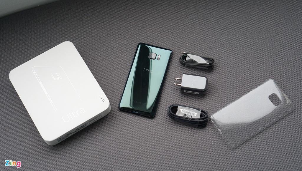 Mo hop HTC U Ultra: Bom tan dau nam hinh anh 1