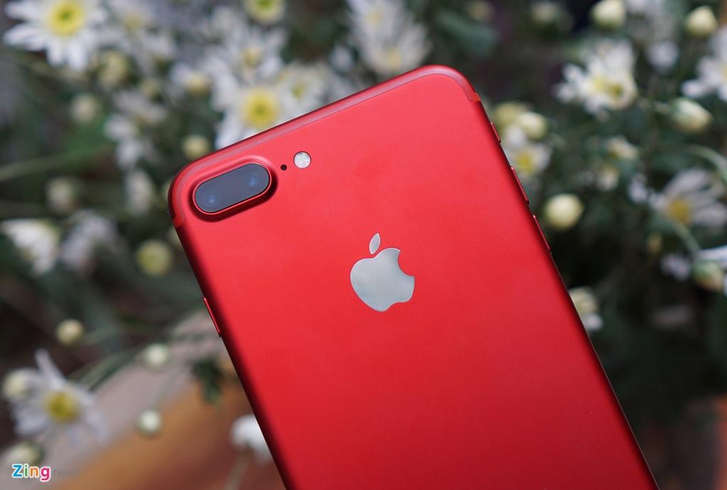 Anh thuc te iPhone 7 Plus mau do anh 6