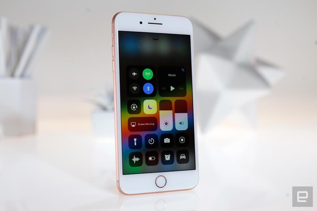 Bao My danh gia iPhone 8: Tot toan dien nhung nen doi iPhone X hinh anh 4