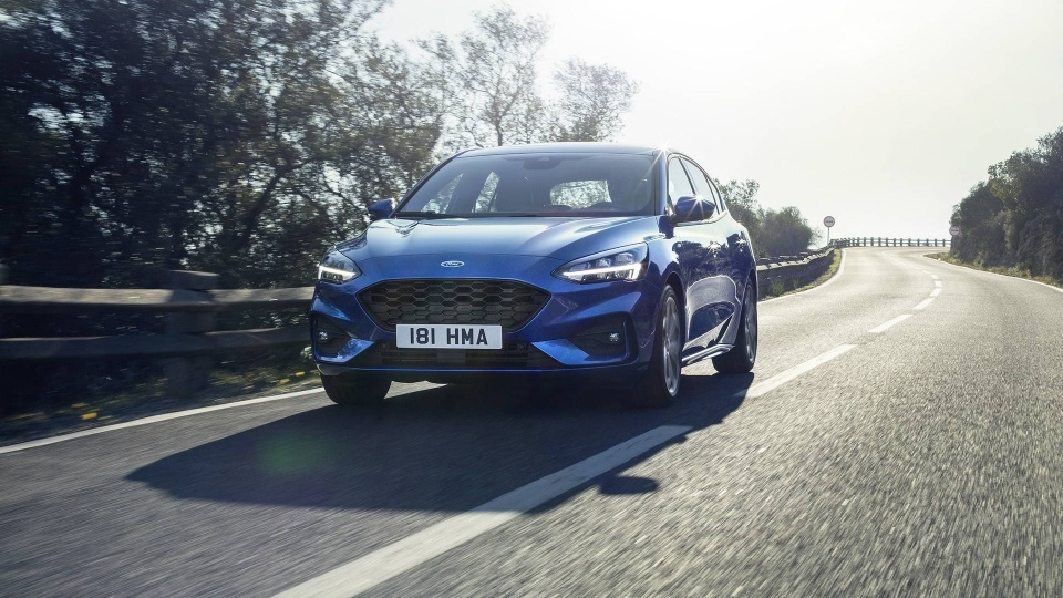 Anh Ford Focus 2019: Lot xac toan dien hinh anh 13