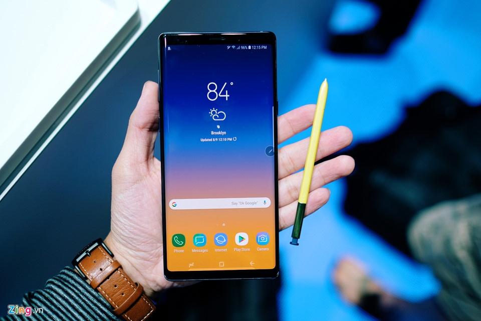 Nhung hinh anh an tuong tai buoi ra mat Galaxy Note9 hinh anh 4