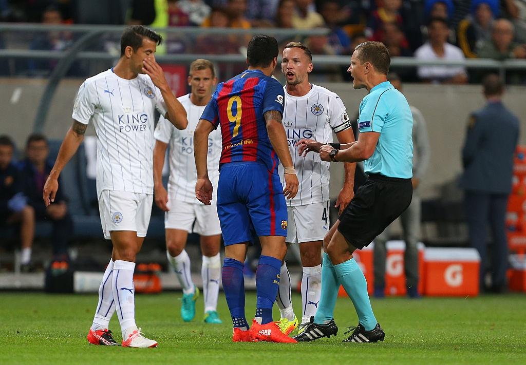 Barca day Leicester bai hoc dang cap voi tran thang 4-2 hinh anh 5
