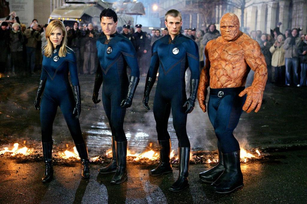 Bom tan Marvel va DC roi vao top 10 phim sieu anh hung te hai nhat hinh anh 4