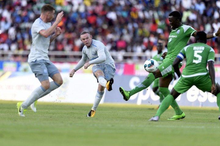 Rooney tao sieu pham trong ngay tai xuat o Everton hinh anh 3
