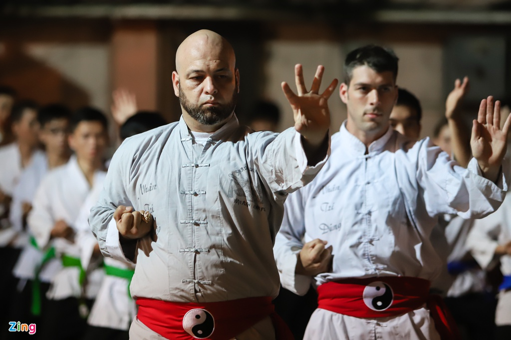 Flores ngoi khen dung khi cac mon do Karate Shorin-ryu hinh anh 7