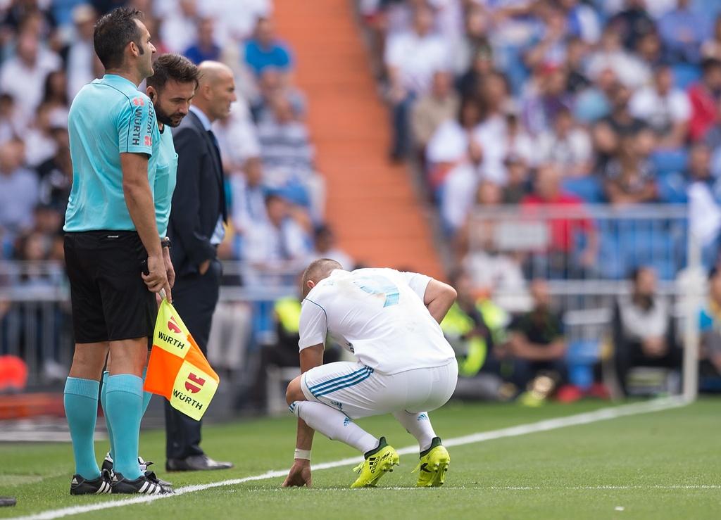 Real Madrid lam canh khon cung vi chan thuong va the phat hinh anh 3