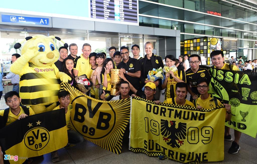Huyen thoai Dortmund an tuong truoc su chao don cua fan Viet hinh anh 5