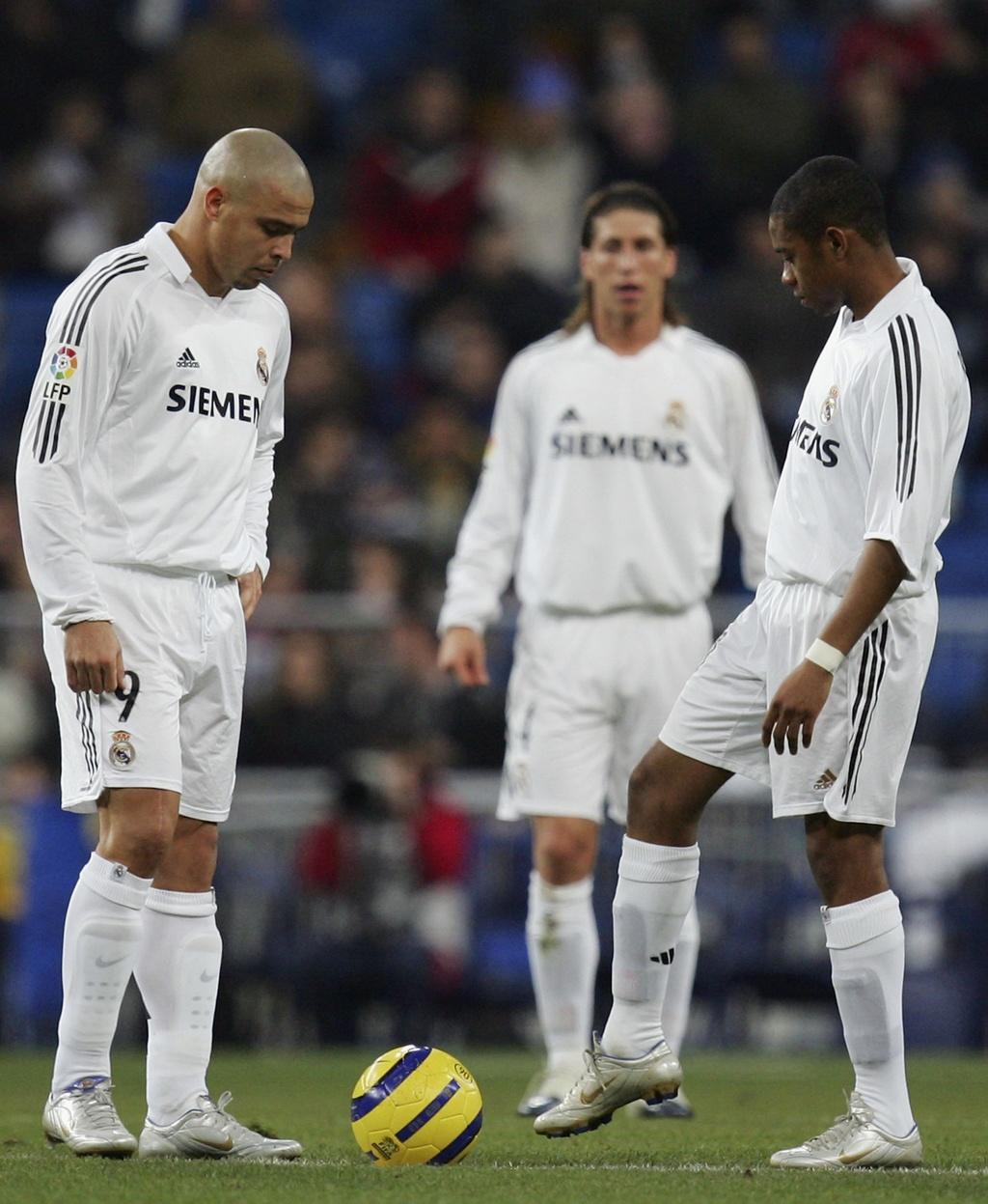 Tron 15 nam 'Nguoi ngoai hanh tinh' Ronaldo ra mat Real Madrid anh 7