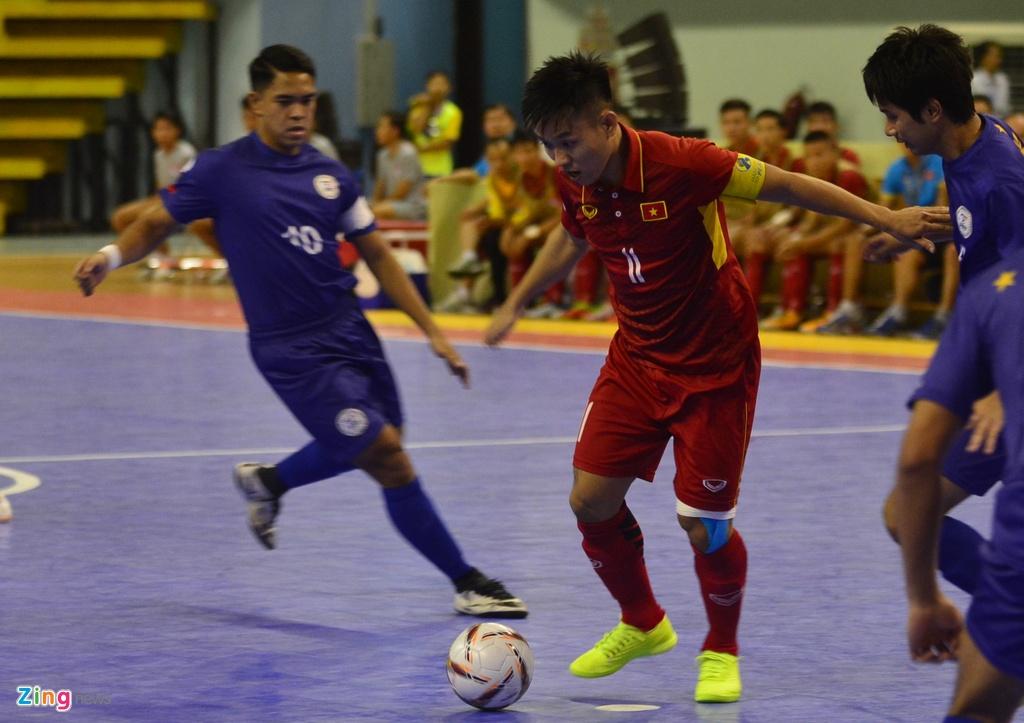 Con giau bai, DT futsal Viet Nam van huy diet Philippines 24-0 hinh anh 2