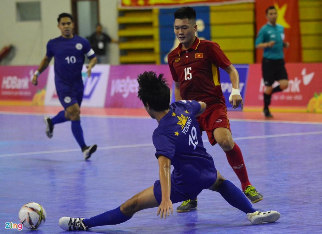 Con giau bai, DT futsal Viet Nam van huy diet Philippines 24-0 hinh anh 7