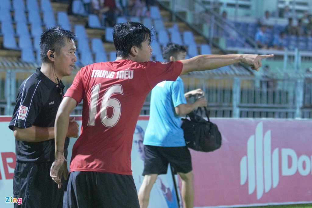 Long An vs Thanh Hoa anh 3