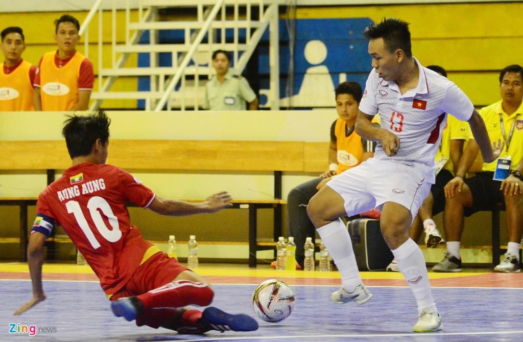 Cho chung ket trong mo giua futsal Viet Nam va Thai Lan hinh anh 5