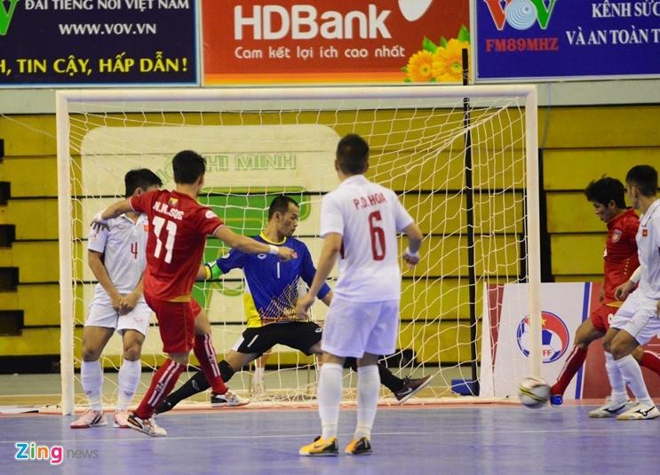Futsal Viet Nam trang tay o giai Dong Nam A anh 9