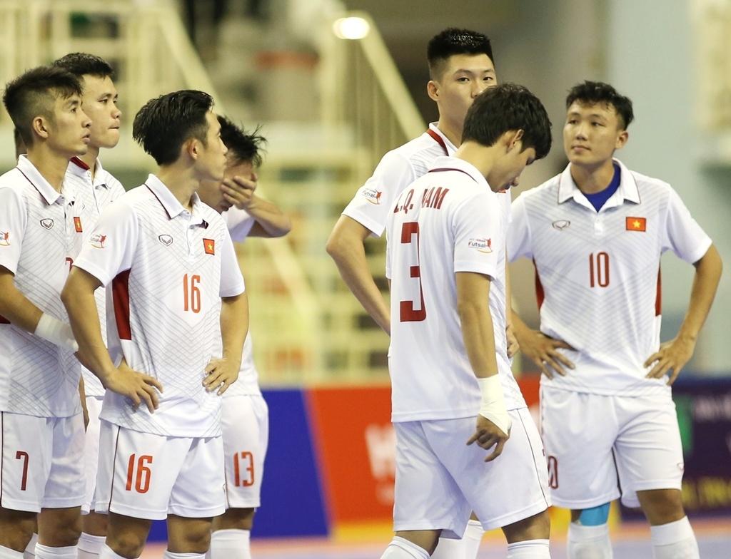 Futsal Viet Nam trang tay o giai Dong Nam A anh 11