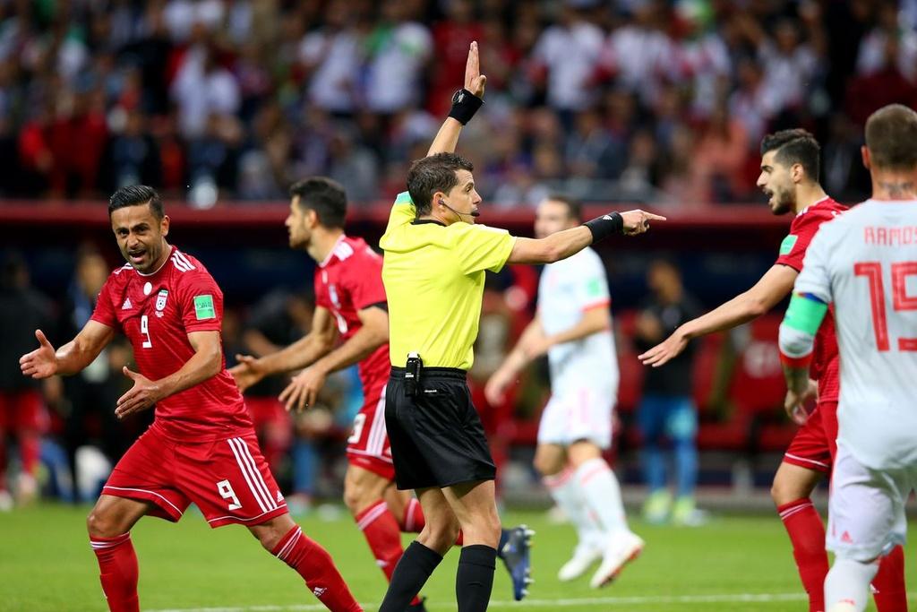 VAR - ke thu va nguoi giu can can cong ly cho World Cup hinh anh 2