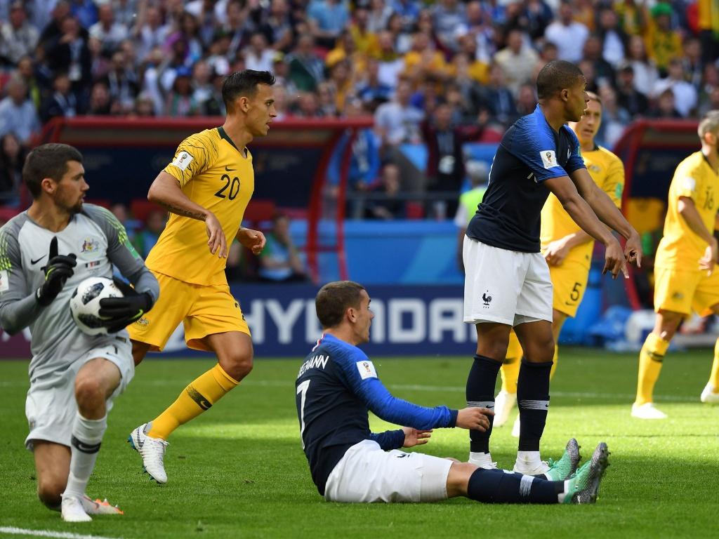 VAR - ke thu va nguoi giu can can cong ly cho World Cup hinh anh 4