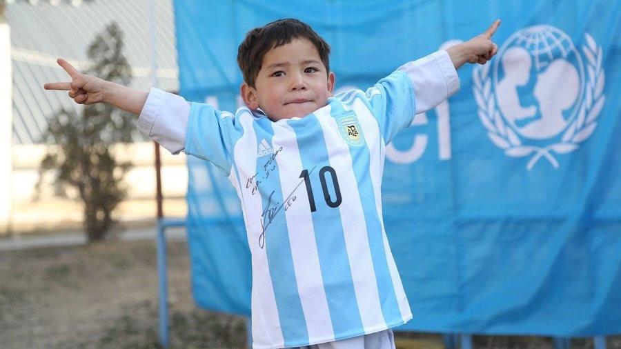 Messi va nghich ly ke ban giac mo phong tung anh 1