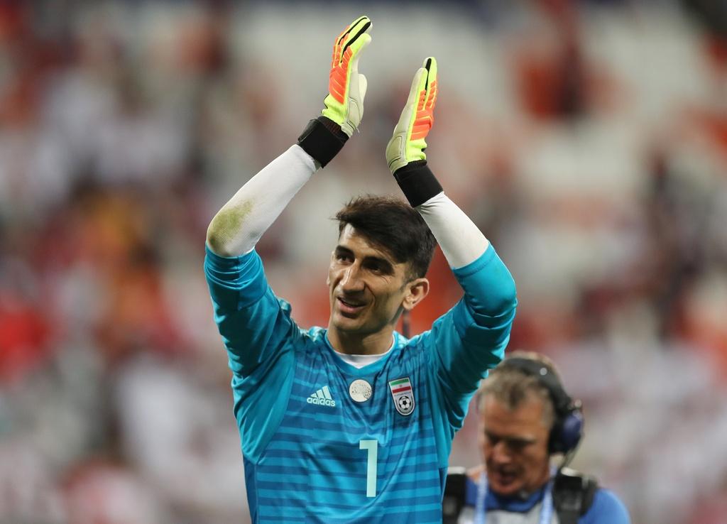 Thu mon Iran can penalty cua Ronaldo: Tu ke lang thang den dem ky dieu hinh anh 2