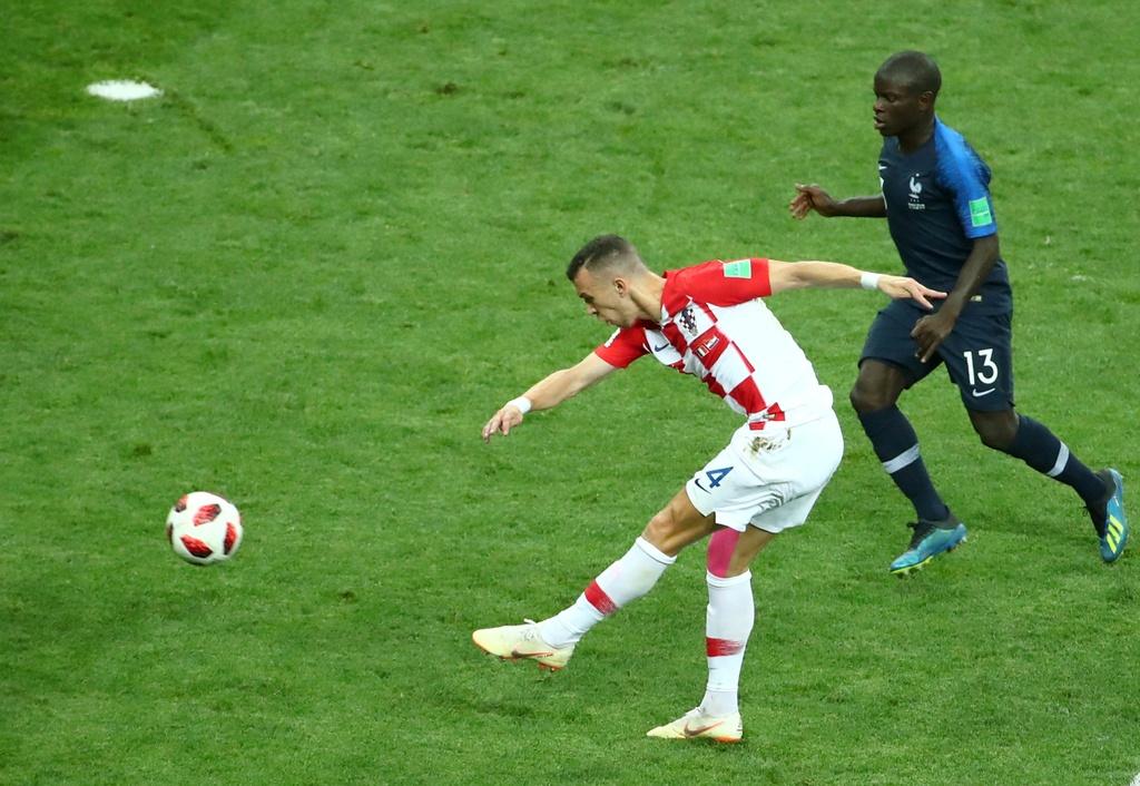 Nhin Croatia,  con ai dam coi thuong Modric va dong doi anh 2