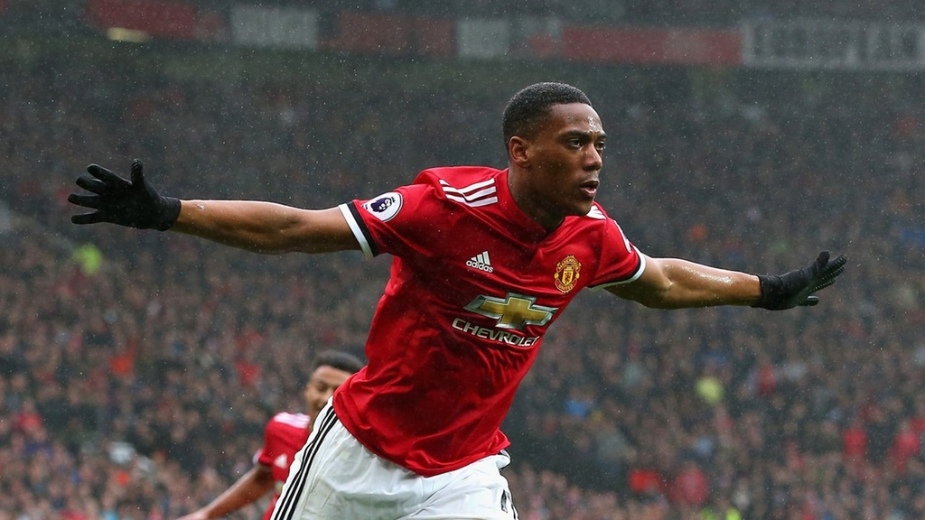 Anthony Martial truoc thoi co bao thu Juventus hinh anh 3