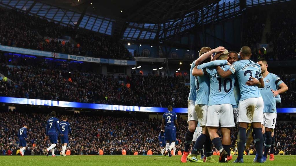 Toi luc Chelsea va Roman Abramovich hoc hoi tu Man City hinh anh 4