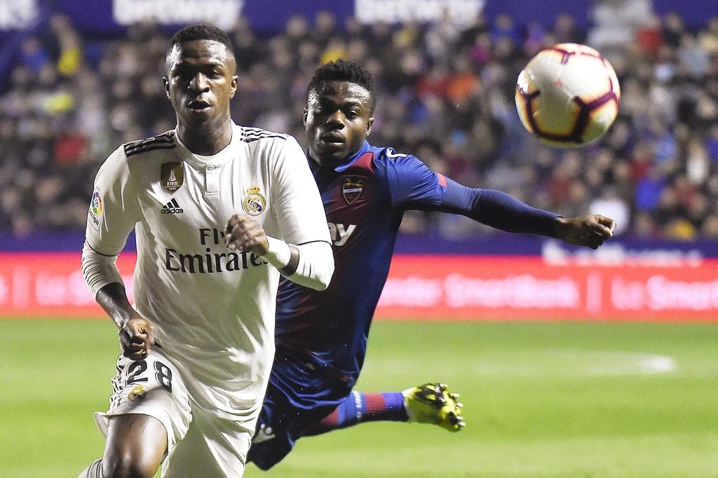 Real Madrid dung 'tieu Neymar' de danh bai Barca hinh anh 2