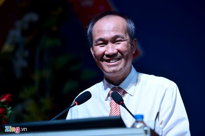 Ong Duong Cong Minh: Truoc toi danh golf 8 tran/tuan, gio chi con 2 hinh anh 1