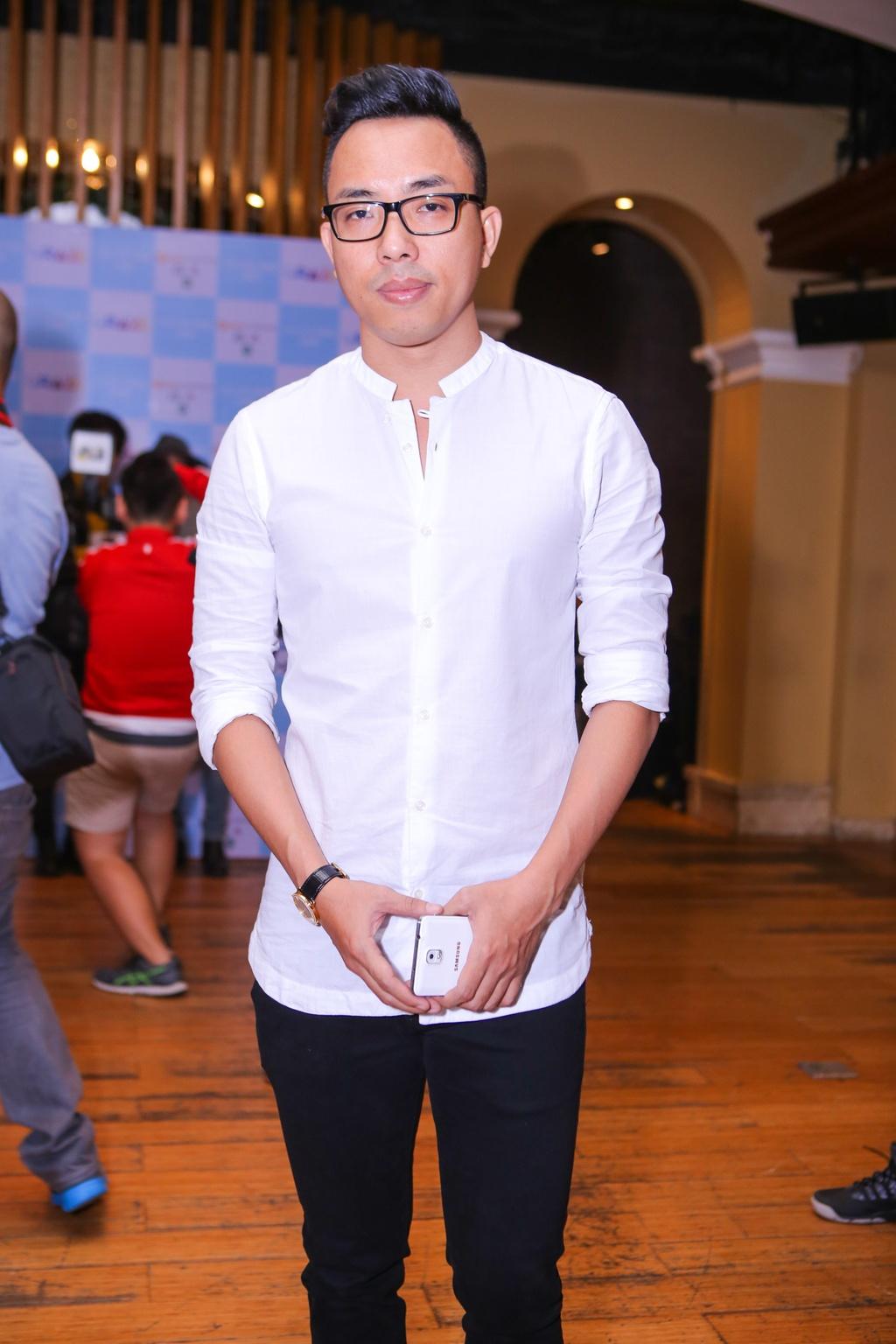 Ho Ngoc Ha den chuc mung Chau Dang Khoa ra mat album hinh anh 7
