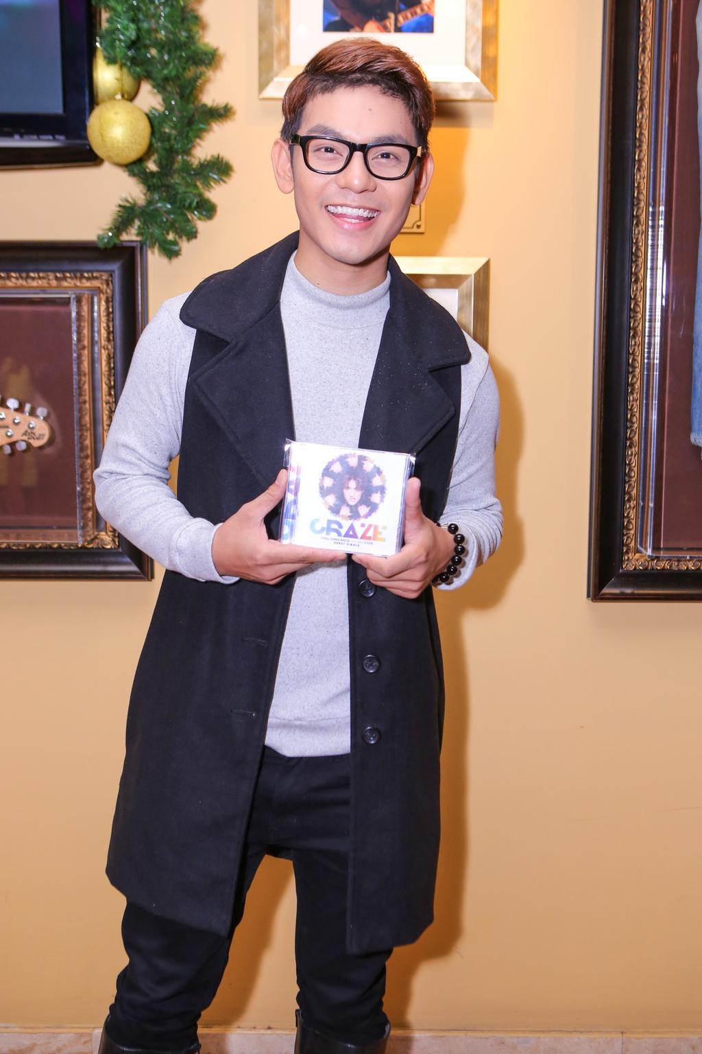 Ho Ngoc Ha den chuc mung Chau Dang Khoa ra mat album hinh anh 10
